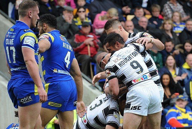 Super League XX Warrington v Hull FC Sunday 10 May at Halliwell Jone Stadium Hull FC celebrate Setaimata Sa try